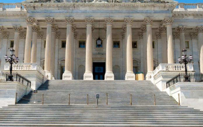 چهار قانونگذار آمریکایی دیگر به موافقان توقف پروژه لیبرای فیسبوک پیوستند